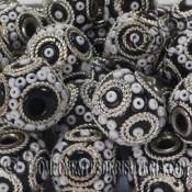 Bola de resina artesanal negro decorada de 14mm
