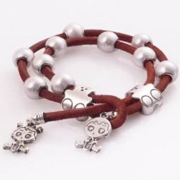 3675304f8128 Pulsera de Cuero con Perlas y Ositos