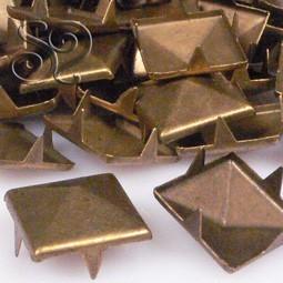 TACHUELA PIRAMIDE BRONCE 12MM X 20Uds