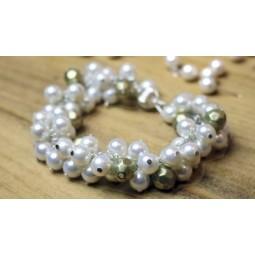 Pulsera de Perlas inspiracion Chanel