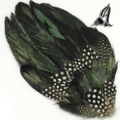 Tocados de Plumas de Faisán y Guinea en tonos Negro con reflejos Verdes