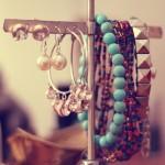 DIY Cómo hacer pulseras joya – DIY Rhinestone Cord Bracelet
