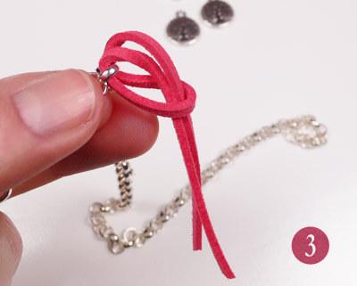 Paso 3 - Introducimos las puntas por el hueco